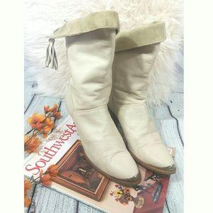 DINGO Leathear beige women boots pointy steel toe